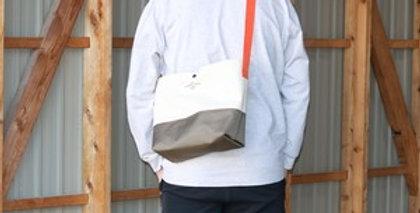 PVC帆布ミュゼットバッグ(WHITE×KHAKI)