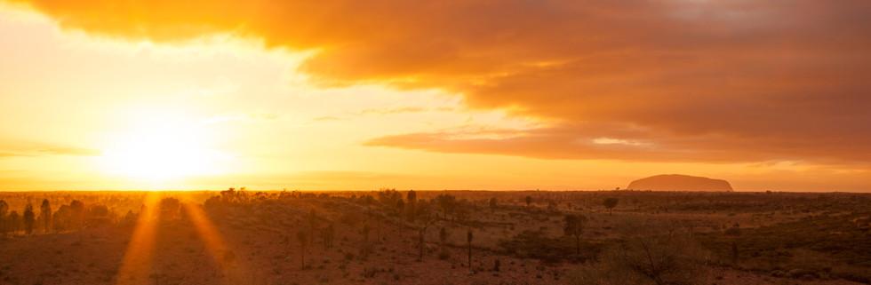 Sunrise Over The Desert, Uluru / Ayers Rock