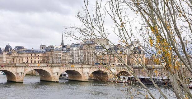Pont Saint-Michel bridge - Paris, France