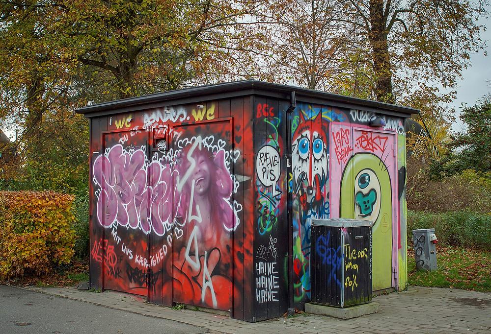 Grafitti og street art er enormt spændende og noget som hører til i enhver storby. Derfor er det også fedt, at det findes i Aalborg.