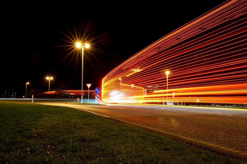 12. december - Langtidseksponeret lastvogn (f16 30 sek. ISO-400)