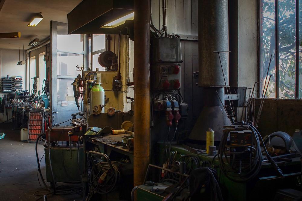 Du kan få repareret alle slags maskiner hos Jørgen og Gunnar, men det er primært landbrugsmaskiner, som fylder ordrebogen op.