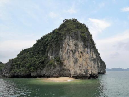 #27 In der Ha Long Bay kann man auch länger bleiben