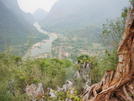 #21 Tom geht steil in Muang Ngoy