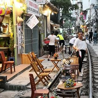 Trainstreet in Hanoi