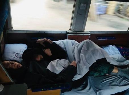 #3 Wir ruckeln im Zug nach Yangon