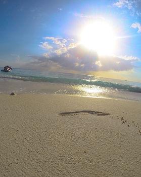 Seven-mile-beach2.JPG
