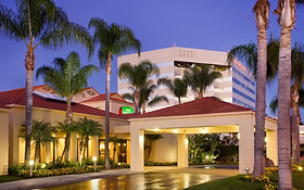 Courtyard-by-marriott-san-diego.PNG