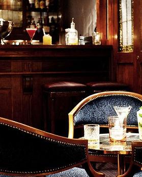 Hotel-Diplomat-bar.JPG