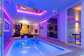 Party-villa-pool2.jpg