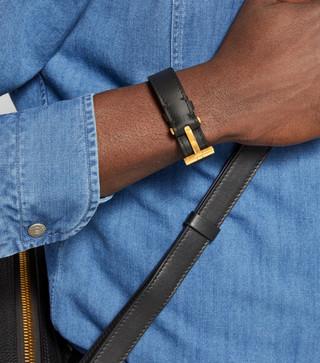 tom-ford-leather-t-bracelet_15155754_258