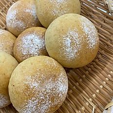 ヨーグルト酵母の全粒粉パン