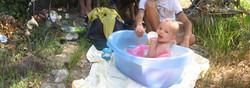 Le bébé au soleil