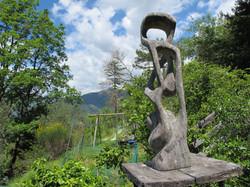Sculpture dans le jardin