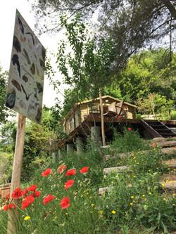 La cabane vue d'en contrebas