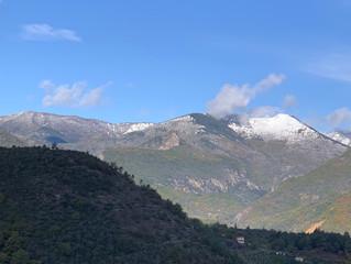 La neige arrive de bonne heure à Sospel...