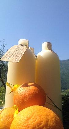 - LAIT DE DOUCHE ou SAVON LIQUIDE à l'orange -