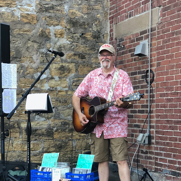 Live music: Rudy Rudesill Acoustic