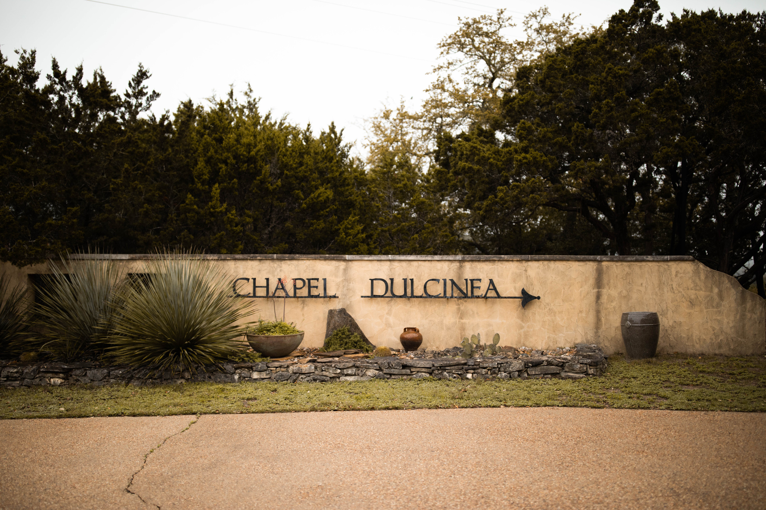 Chapel Dulcinea Sign