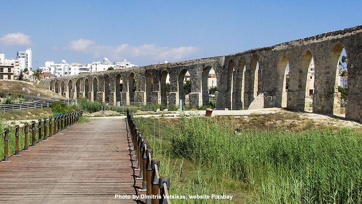 kamares-aqueductjpg_edited.jpg