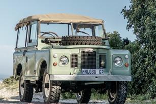 "Land Rover Series IIa, 88"""