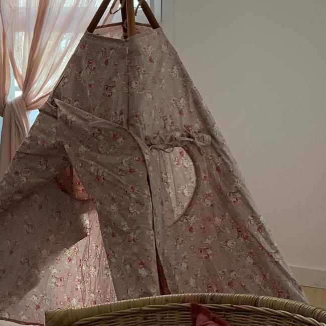 Chambre enfant décoration.JPG