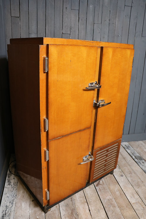 C20th French Chiller Cabinet