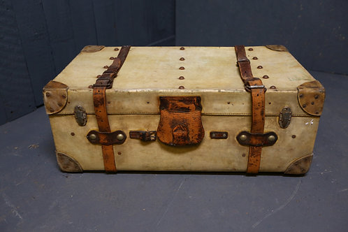 C1900 Velum steamer trunk