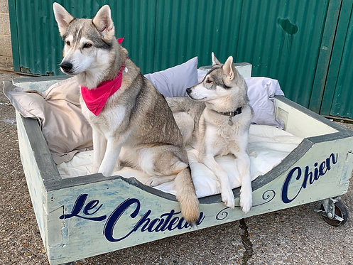 DOG BED   LE CHATEAU CHIEN