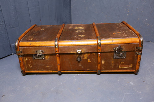 C1900 steamer trunk