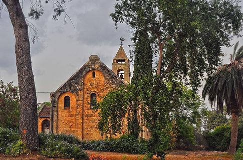 תמונה: כנסיה טמפלרית  בית לחם הגלילית |  מאתר:  ארץ עיר טיולים |  יום כיף | ODT | טיולים בצפון | הפקת אירועים