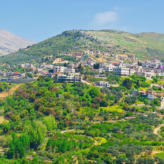 תמונה: מג'דל שמס - דרוזים לטייל עם עדנאן על ענן בגולן  |  מאתר: ארץ עיר טיולים |  יום כיף | ODT | טיולים בצפון | הפקת אירועים