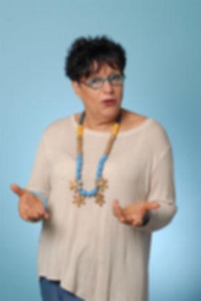 שרה שמיר   מופע בידור   כחול ירוק ייצוג אמנים