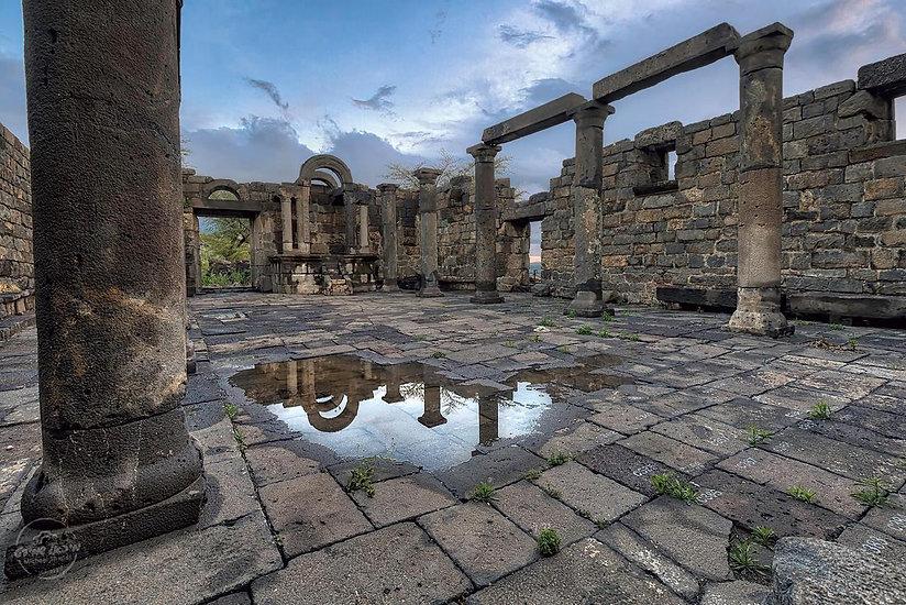 תמונה: בתי כנסת עתיקים |  מאתר: ארץ עיר טיולים |  יום כיף | ODT | טיולים בצפון | הפקת אירועים