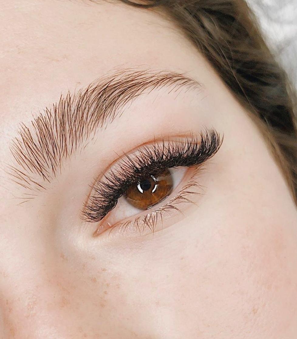 Eyebrow Design: Shaping
