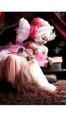 Marie Antoinette Photoshoot - Boutique P