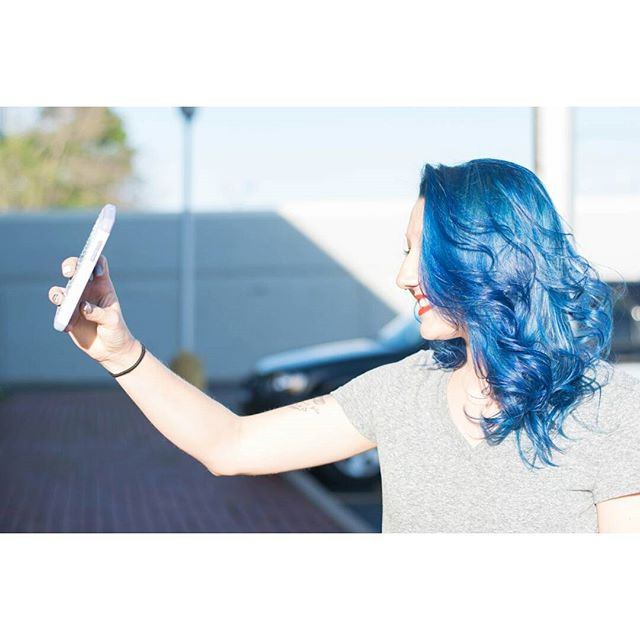 Yess!!!! Check out this awesome blue I g
