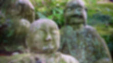 cinq cents statues des disciples de Bouddha
