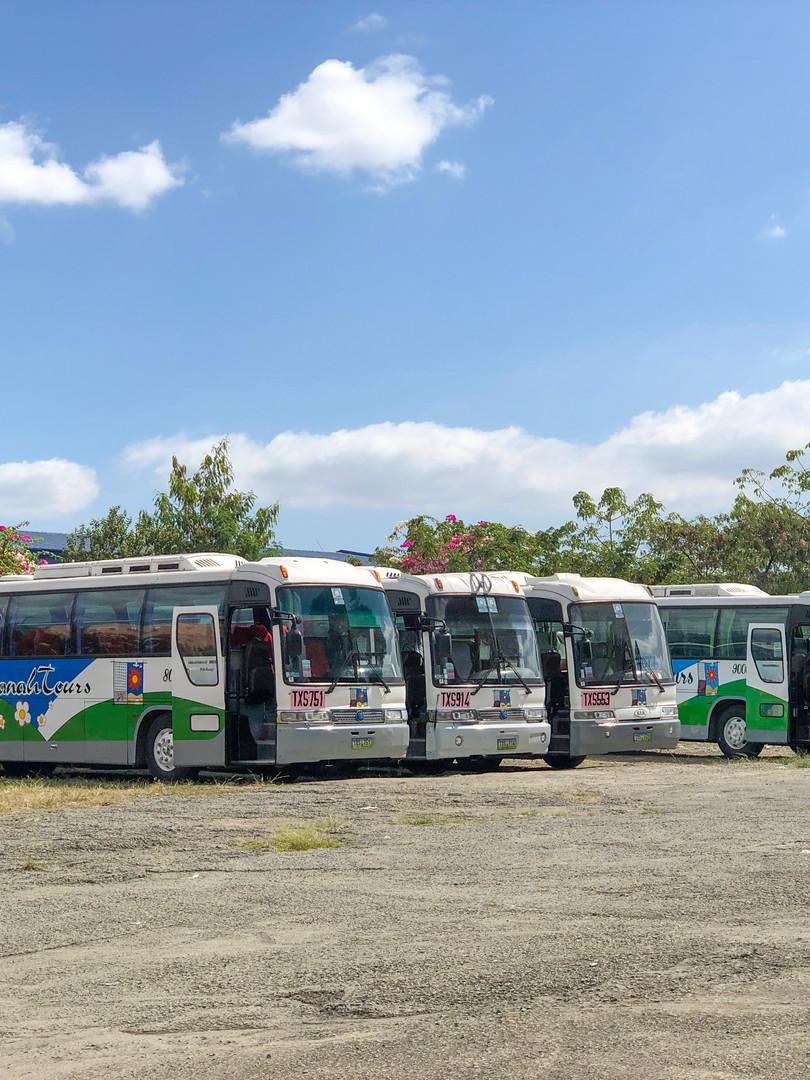 Bus Exterior - IMG_3668.JPG