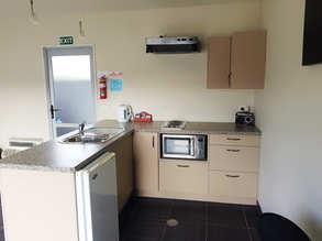 Room one - Kitchenette.jpg