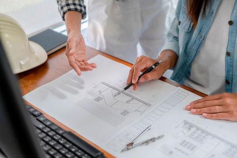 Kvalitetssikring og gennemgang af projekttegninger på bygning