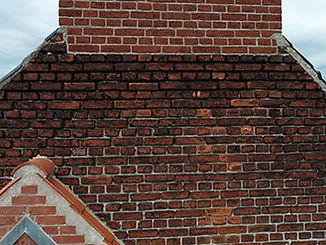Fuger mangler i facade - afskalning fra moertelfuger