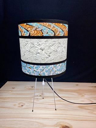 Petite lampe japonaise pieds métalliques