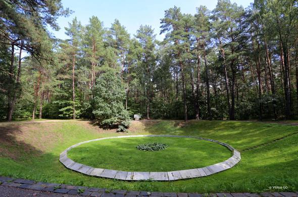 6 Ponar, Lithuania.jpg