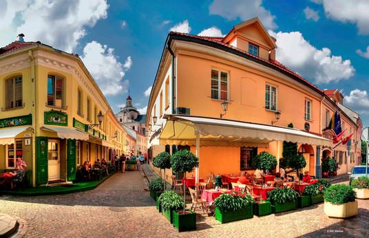 Go-Vilnius.-Vilnius-Stikliu-street.jpg