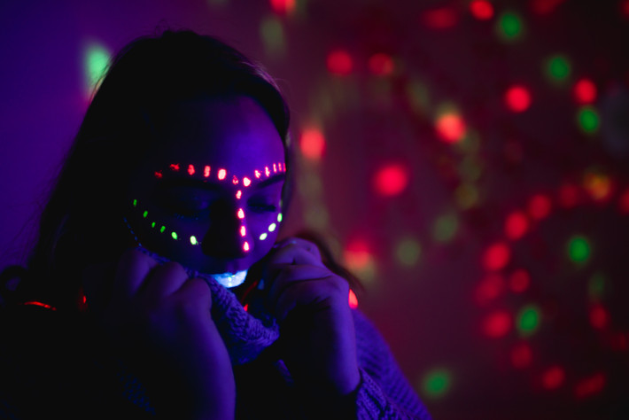 glow in dark teen session at the studio