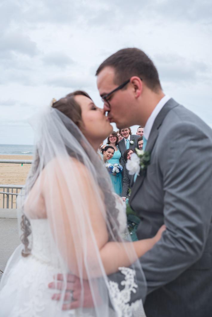 Christmas Wedding | Light Blue Winter Wonderland | Wedding Photography | Wedding Videography | Virgi