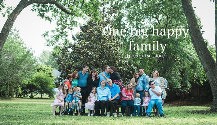 "Chesapeake, VA Child and Family Photographer, ""One big happy family."""