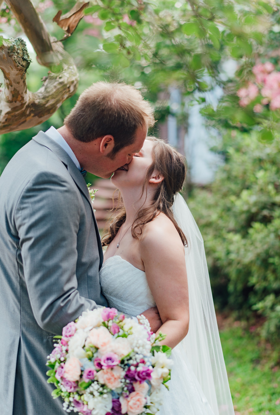 Lesner Inn, Norfolk Church of Christ Norfolk Virginia Beach Wedding Photographer