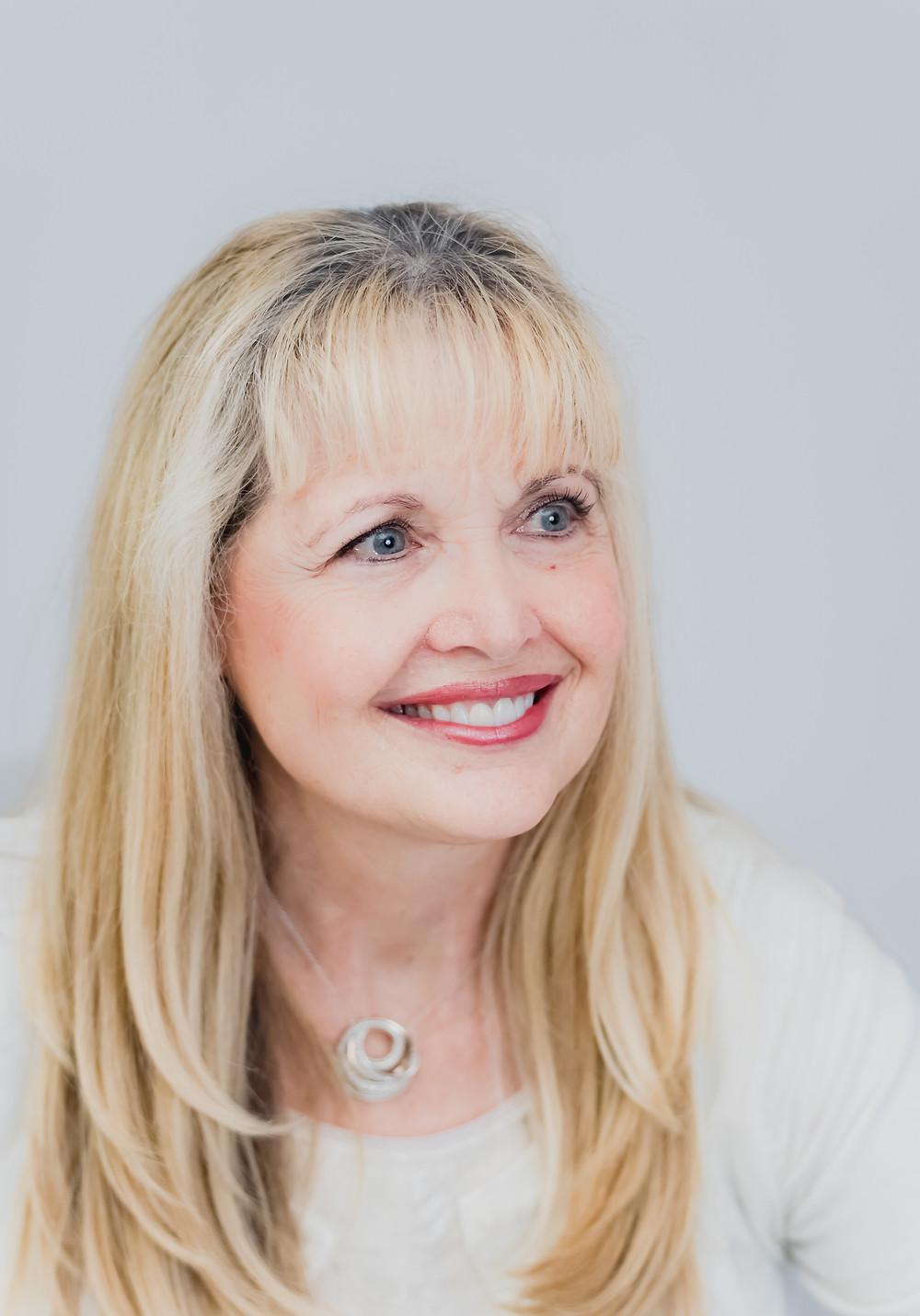 Cindy Dennis